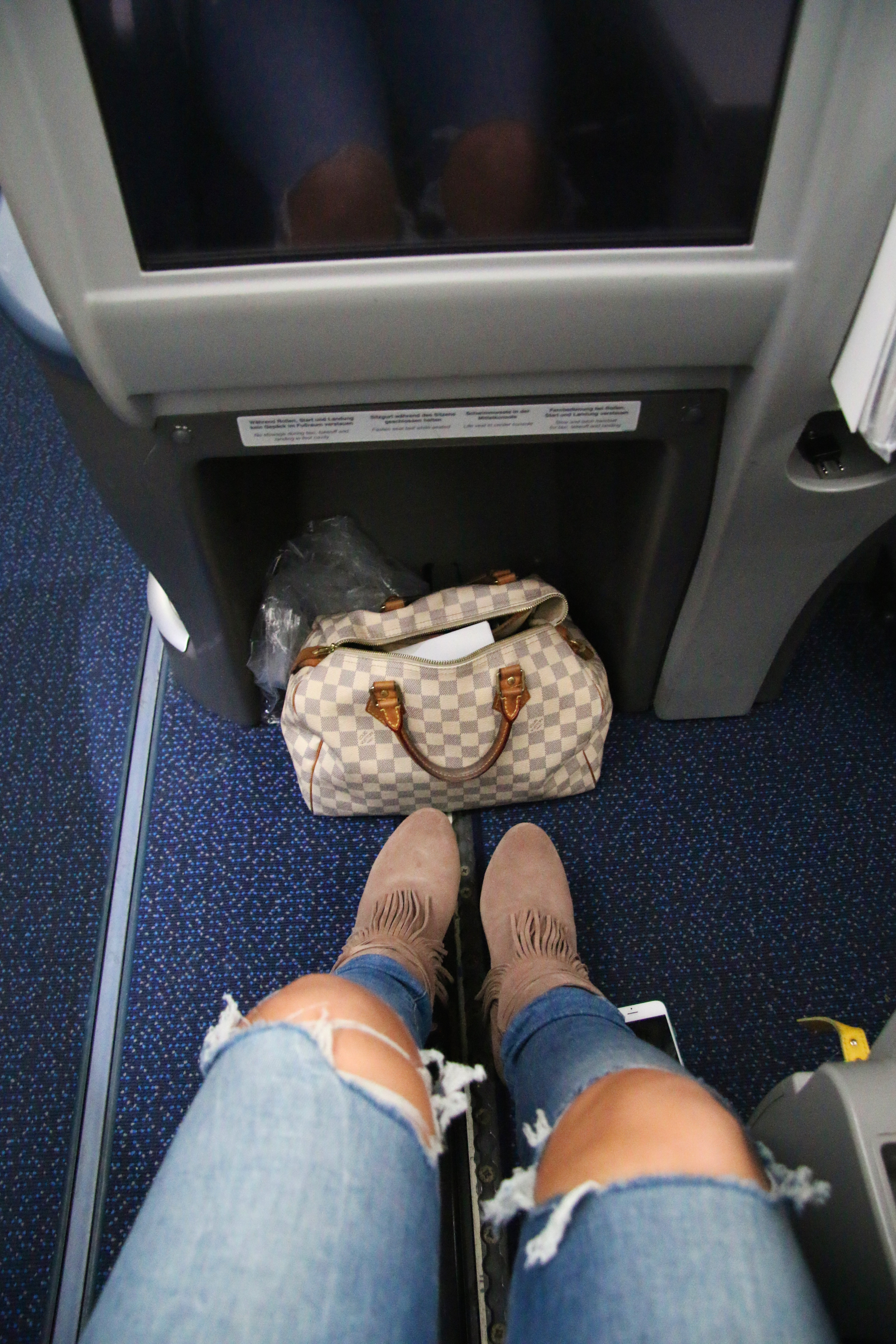 Pilotmadeleine Airline Review With Condor In The